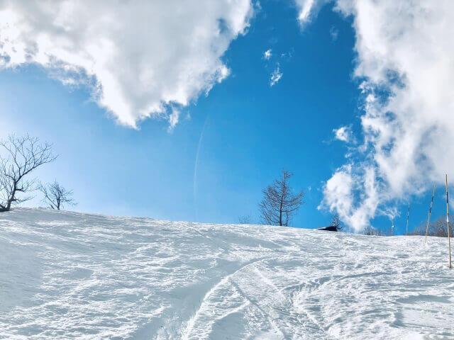 冬ページへ。雪のバナー