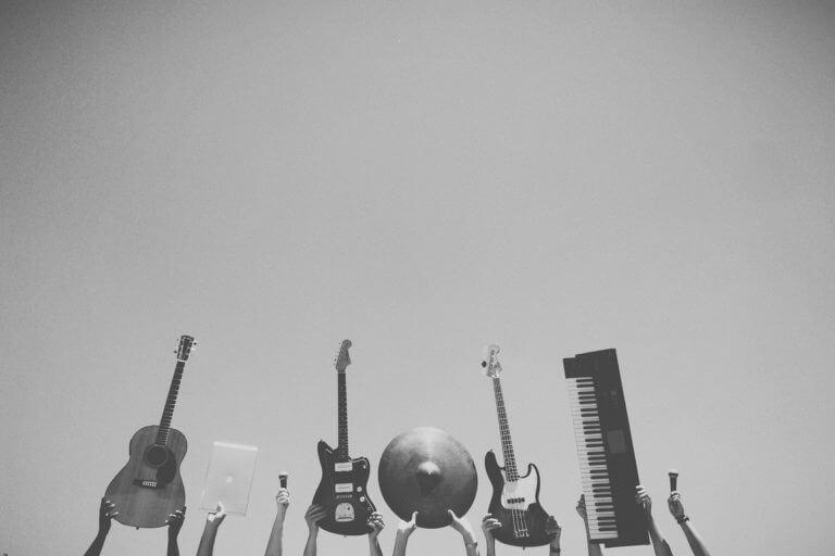 札幌で楽器の出張買取はコレクトワンにお任せ下さい!
